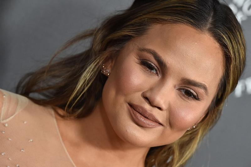Chrissy Teigen just formed a questionable friendship with Sophia the robot