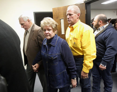 Don and Judy Littlefield, left, parents of Chad Littlefield, leave after hearing the guilty verdict. (AP/The Dallas Morning News, Michael Ainsworth)