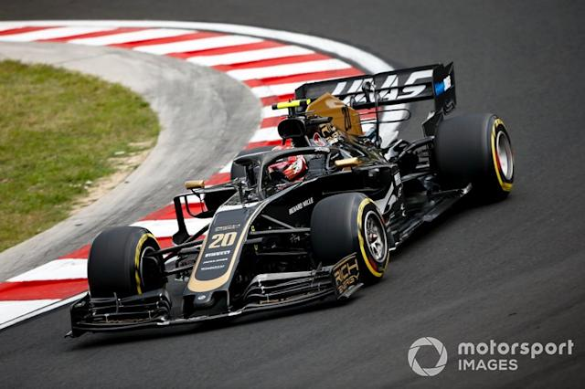 "Kevin Magnussen, Haas F1 Team VF-19 <span class=""copyright"">Andrew Hone / LAT Images</span>"