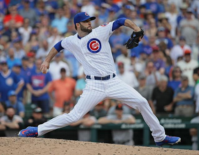 """""""Are baseball players athletes?"""" debate takes dramatic turn as Cubs pitcher injures himself putting on pants"""