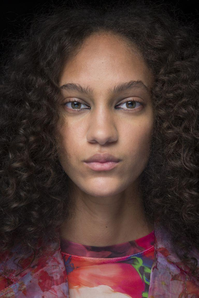 <p>Models at MSGM had eyeliner applied just to the inner corner of their eyes.</p>