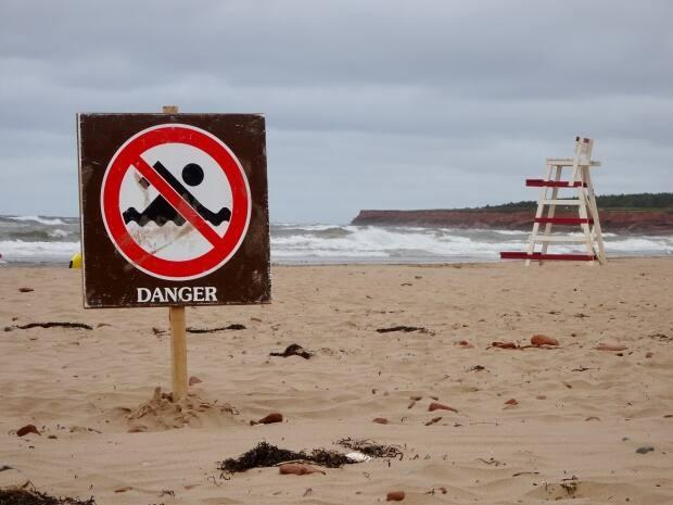 Sunday is the third day in a row Parks Canada has issued a rip current warning. (Jane Robertson/CBC - image credit)