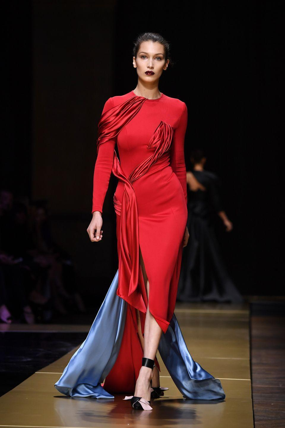 <p>Bella Hadid walks for the Versace Haute Couture AW16 show in Paris. </p>