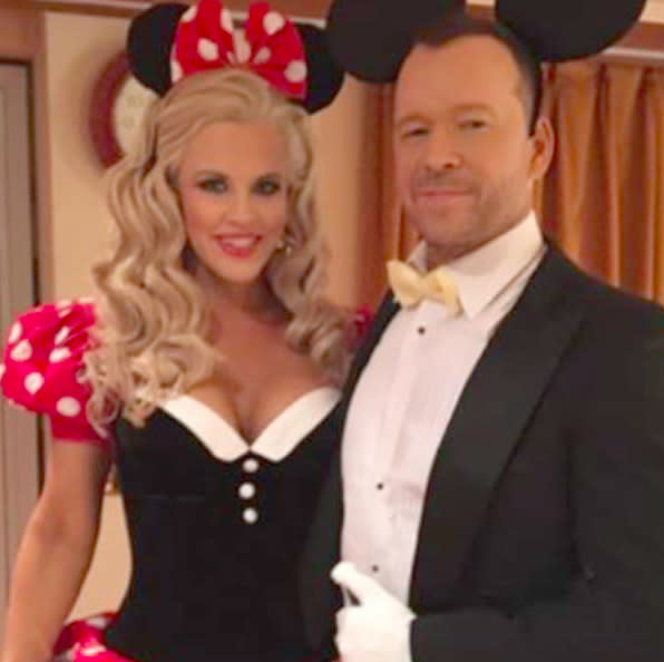 "<p>The couple took getting all dolled up together to new levels as Minnie Mouse and a tuxedo'ed Mickey. (Photo: <a href=""https://www.instagram.com/p/BMPYm6fAfCo/?taken-by=jennymccarthy&hl=en"" rel=""nofollow noopener"" target=""_blank"" data-ylk=""slk:)"" class=""link rapid-noclick-resp"">) </a></p>"
