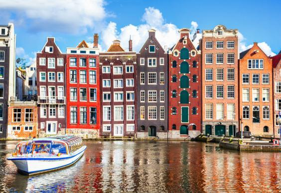 Amsterdam's canal houses (Getty)