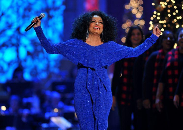 The iconic songstress always looks chic on stage. (Photo by Getty Images)