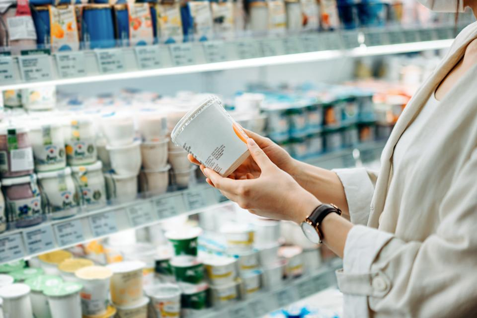 Though there are hundreds of yogurt options at the grocery store, some versions will keep you fuller for far longer than others. (Photo: d3sign via Getty Images)