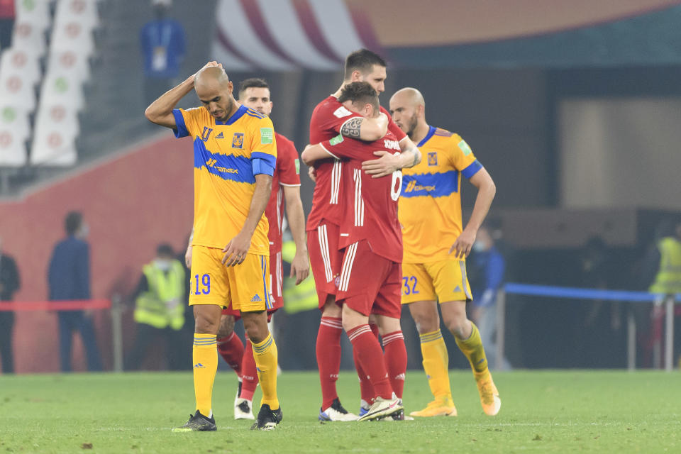DOHA, QATAR - FEBRUARY 11: (BILD ZEITUNG OUT) Niklas Suele of Bayern Muenchen and Joshua Kimmich of Bayern Muenchen celebrate after winning the finale FIFA Club World Cup Qatar 2020 match between FC Bayern Muenchen and Tigres UANL on February 11, 2021 in Doha, Qatar. (Photo by Gaston Szerman/DeFodi Images via Getty Images)