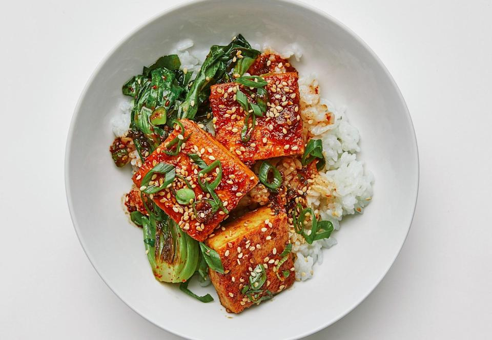 When you have saucy braised tofu and warm fluffy rice, the vegetables are optional.
