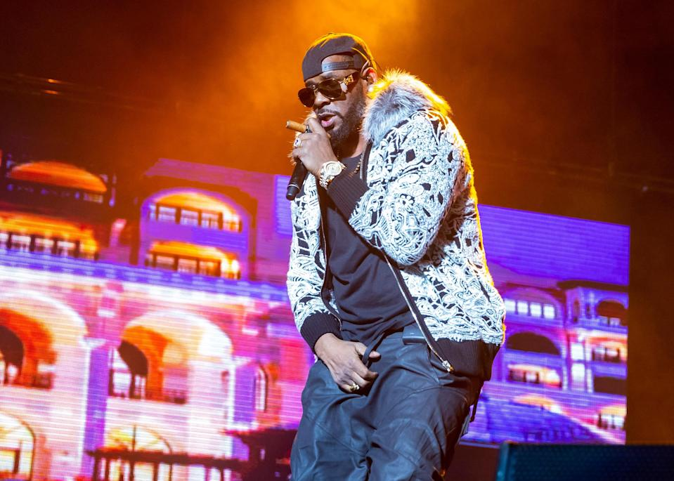 R. Kelly performing at Little Caesars Arena in Detroit on Feb. 21, 2018. (Photo: Scott Legato/Getty Images)