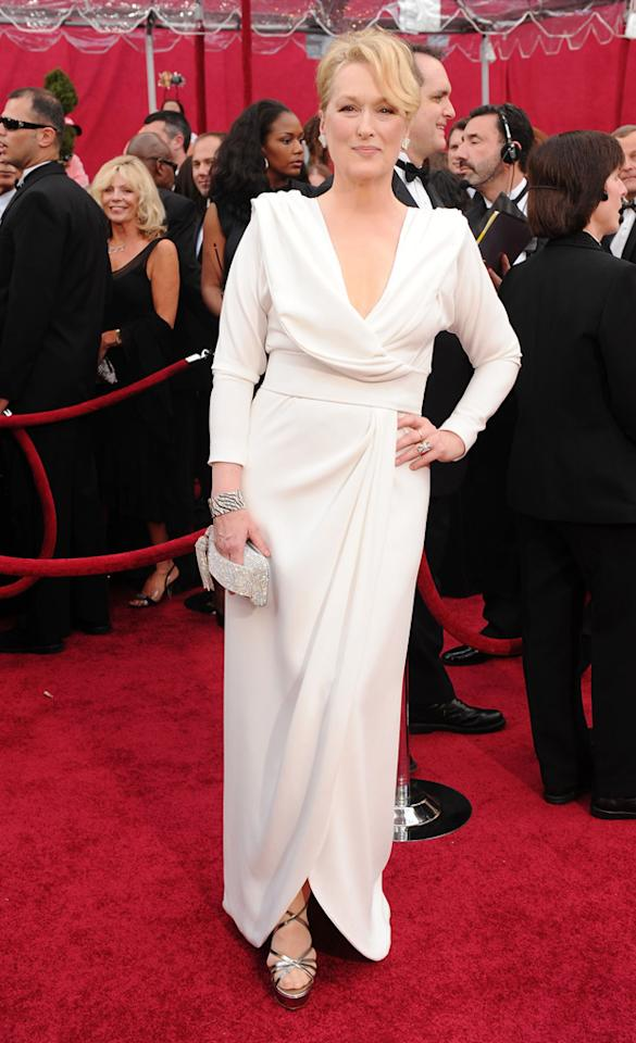Meryl Streep arrives at the 82nd Annual Academy Awards held at Kodak Theatre on March 7, 2010 in Hollywood, California.