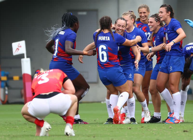 Rugby Sevens - Women - Semifinal - Britain v France