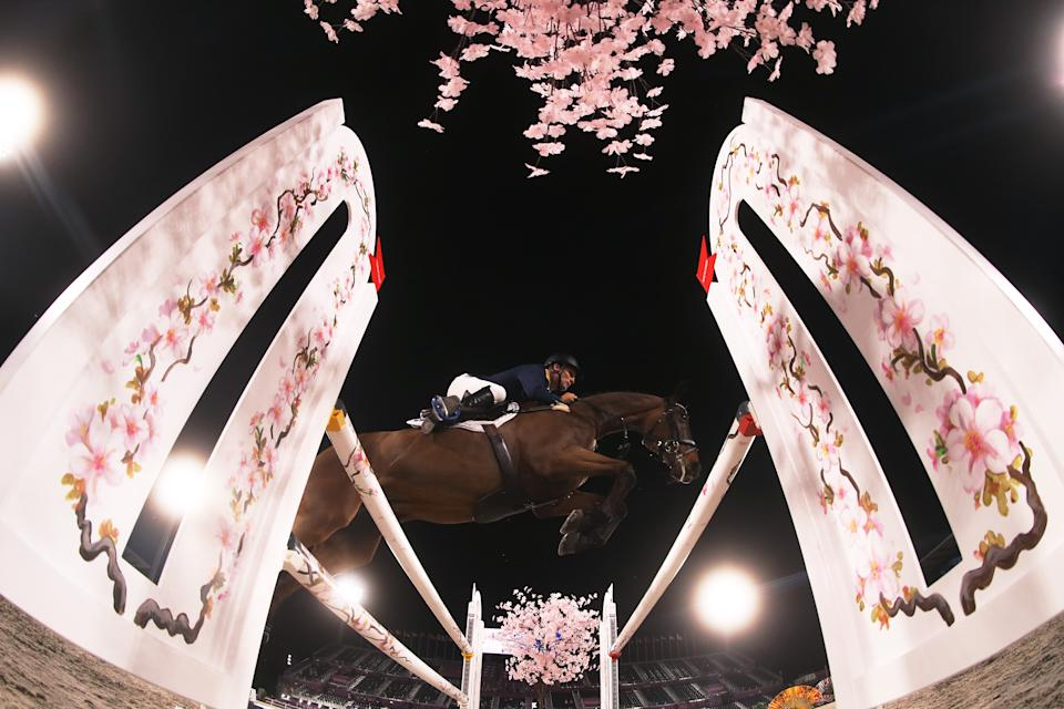 <p>TOKYO, JAPAN - AUGUST 02: Shane Rose of Team Australia riding Virgil competes during the Eventing Individual Jumping Final on day ten of the Tokyo 2020 Olympic Gamesat Equestrian Park on August 02, 2021 in Tokyo, Japan. (Photo by Julian Finney/Getty Images)</p>
