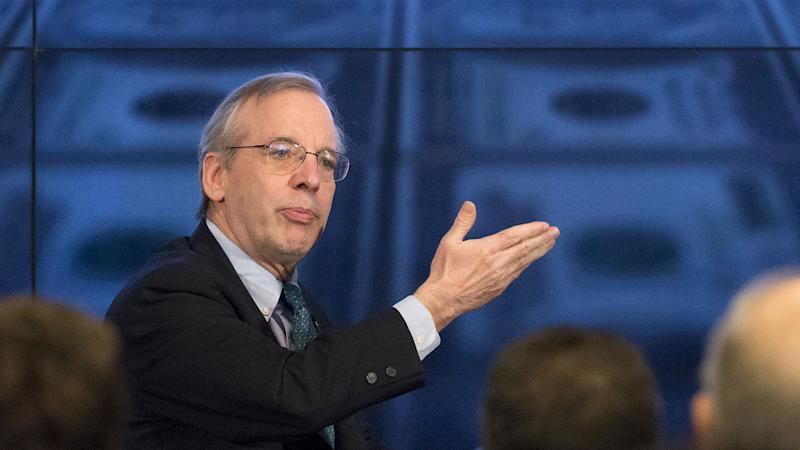 Dudley: Summer Rate Hike 'Likely,' Expect 2% Growth in 2Q