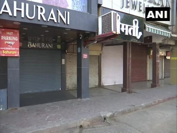 Shops remain closed during 'Corona Curfew' in Bhopal on Thursday. [Photo/ANI]