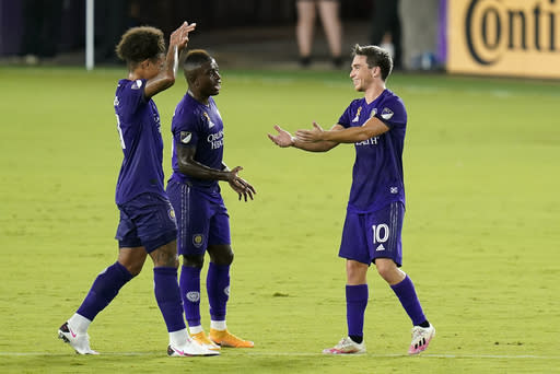 Orlando City undefeated in 9 straight, beats Red Bulls 3-1