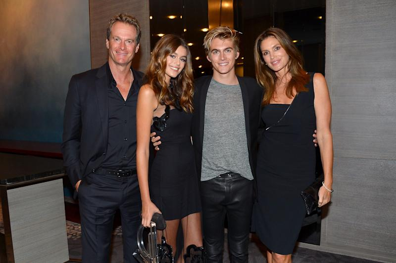 Rande, Kaia and Presley Gerber and Cindy Crawford attend the The Daily Front Row's 4th Annual Fashion Media Awards on Sep. 8, 2016. (Patrick McMullan via Getty Images)