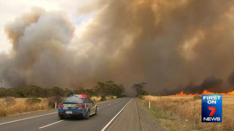 Authorities are advising people to be wary and act quickly when it comes to bushfire. Photo: 7News