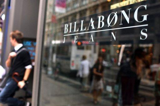 Billabong in trading halt amid takeover reports