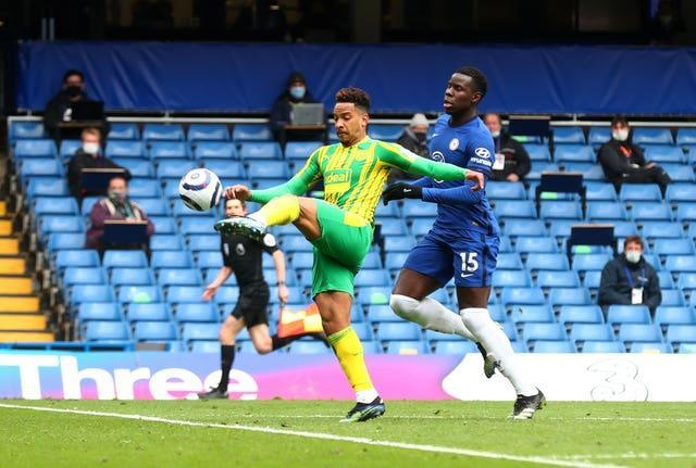 Matheus Pereira equalises for West Brom at Chelsea