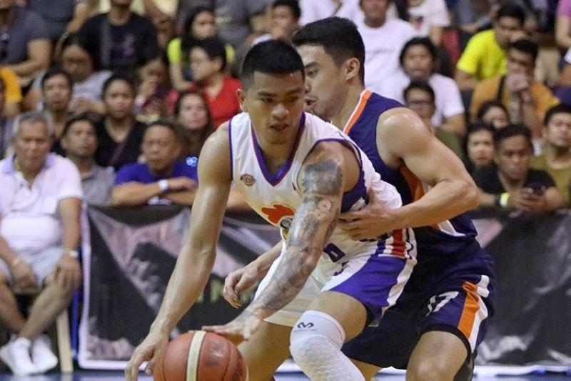 Magnolia guard Jio Jalalon recalls hanging on to jeeps during Manila tryouts
