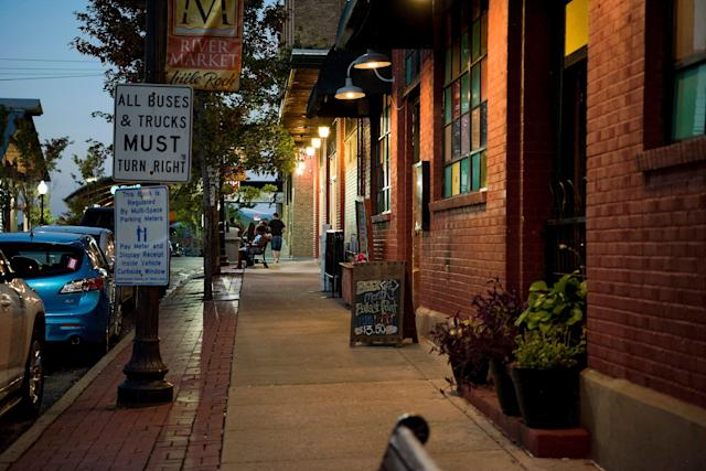 One of the many quaint city streets in Little Rock.