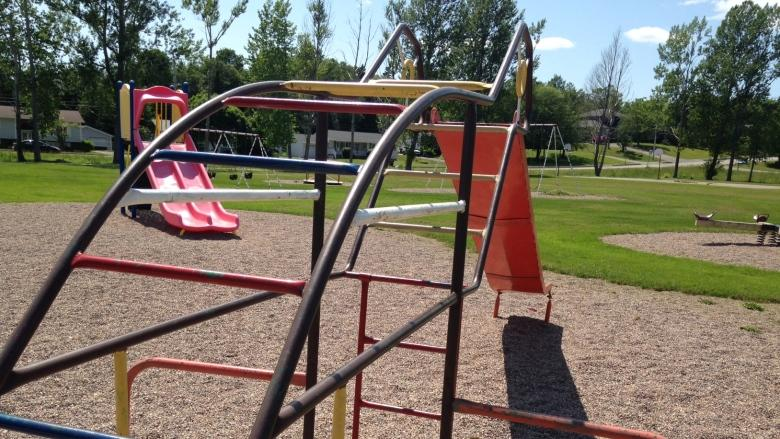 Sydney playground to be renovated after property dispute resolved