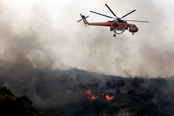 Pics: Wildfires rage in southern Greece