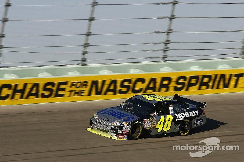 "2008: Jimmie Johnson (Hendrick-Chevrolet)<span class=""copyright"">Motorsport.com / ASP Inc.</span>"