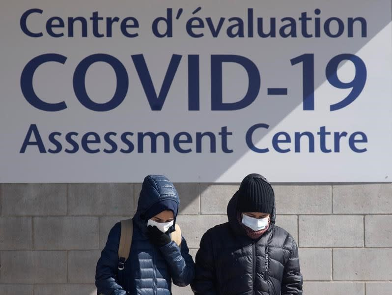 Return home while you can, Ottawa tells Canadians as COVID-19 continues to spread