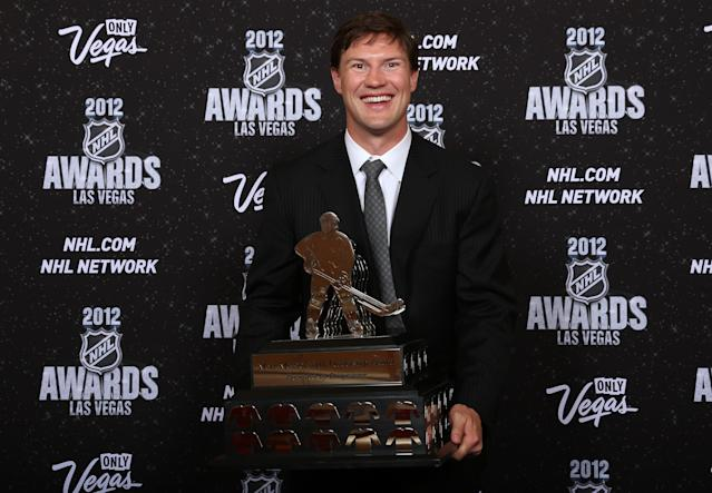 LAS VEGAS, NV - JUNE 20: Shane Doan of the Phoenix Coyotes poses after winning the Mark Messier NHL Leadership Award presented by Bridgestone, during the 2012 NHL Awards at the Encore Theater at the Wynn Las Vegas on June 20, 2012 in Las Vegas, Nevada. (Photo by Bruce Bennett/Getty Images)