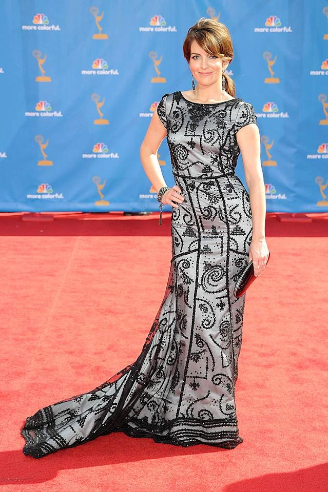 Tina Fey<br> Grade: B+<br><br> She's had a long history of red carpet fashion faux pas, but the funny lady scored a win in this beaded Oscar de la Renta frock.