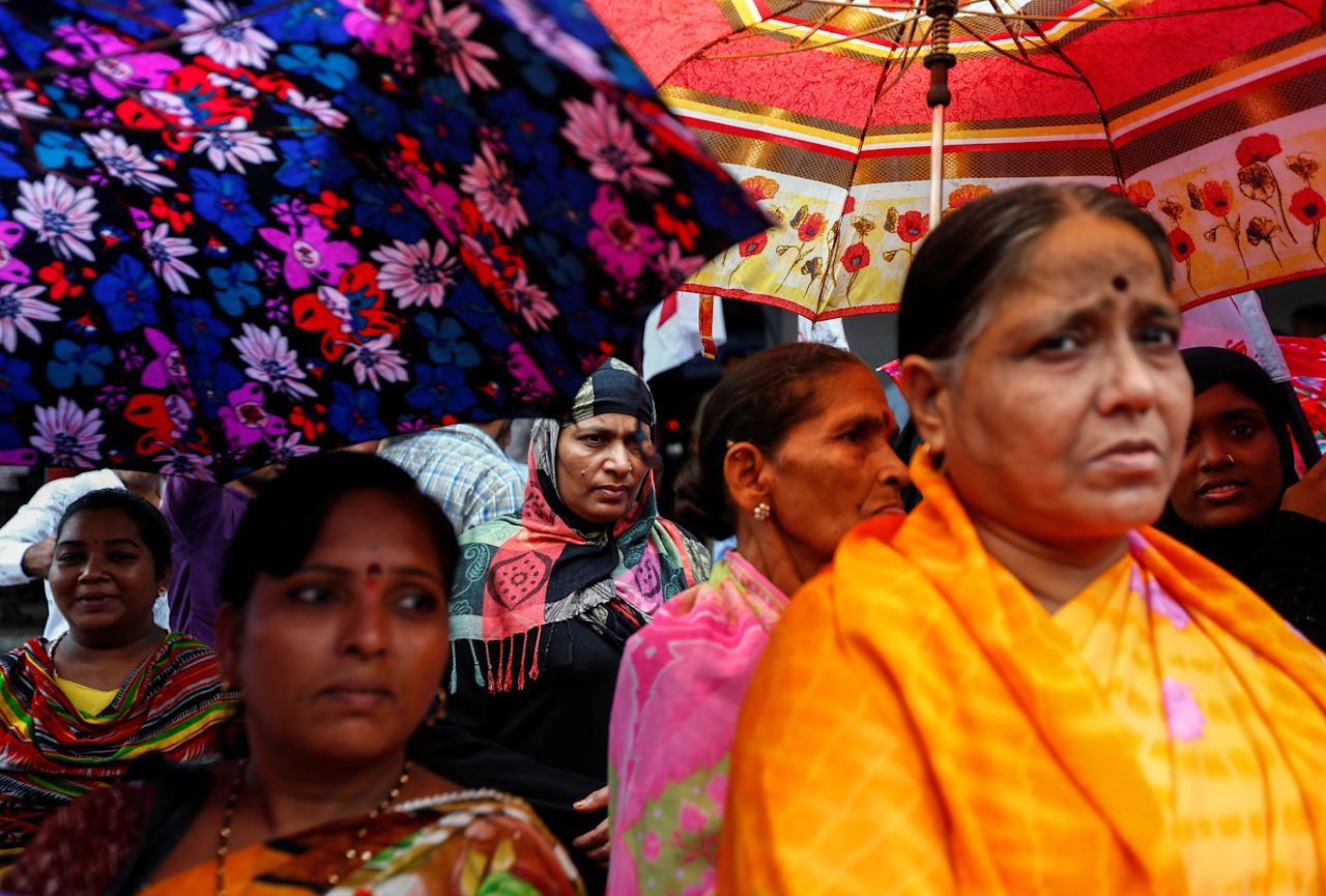 People attend a protest against what they say are attacks on India's low-caste Dalit community in Mumbai, India, July 27, 2016. REUTERS/Danish Siddiqui