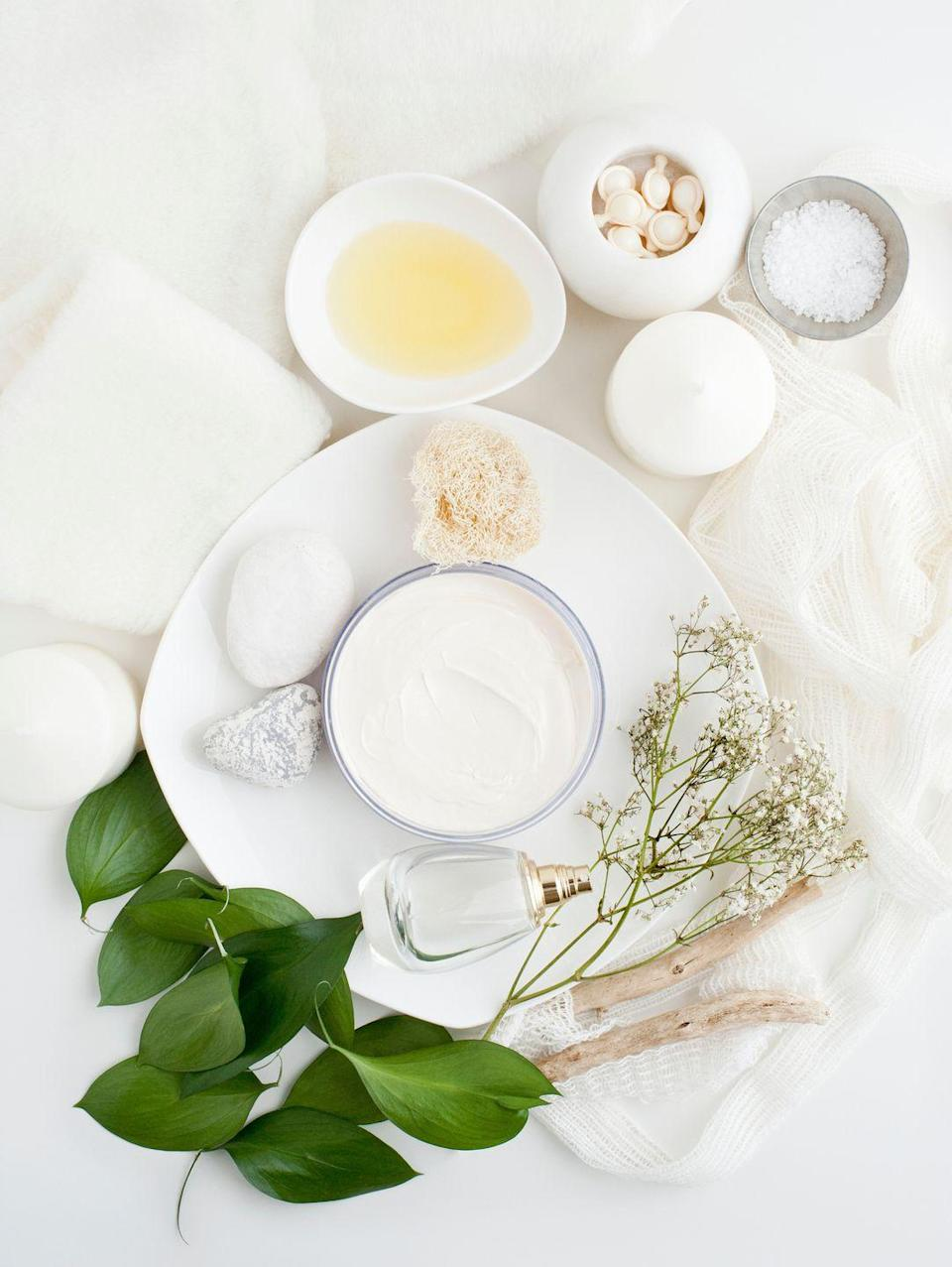 """<p>Make your own face masks, lotions, and more to have an at-home spa night worthy of the real deal. </p><p><a class=""""link rapid-noclick-resp"""" href=""""https://www.amazon.com/Plazuria-Facemask-Spatula-Silicone-Premium/dp/B07Q568NRF/?tag=syn-yahoo-20&ascsubtag=%5Bartid%7C10050.g.30445302%5Bsrc%7Cyahoo-us"""" rel=""""nofollow noopener"""" target=""""_blank"""" data-ylk=""""slk:SHOP FACE MASK KITS"""">SHOP FACE MASK KITS</a></p>"""