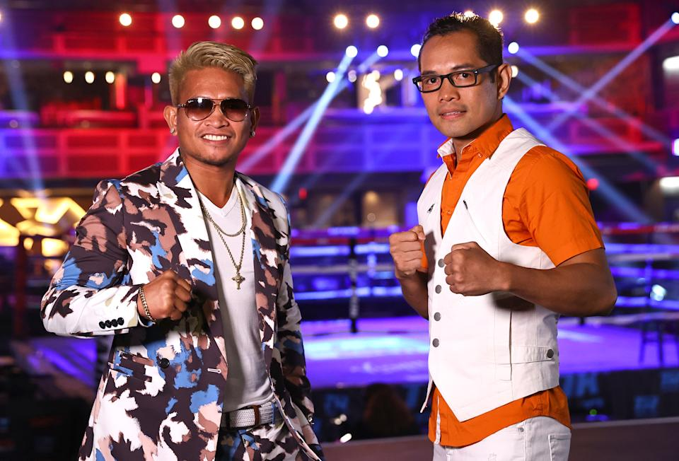 LAS VEGAS, NEVADA - JUNE 19: John Riel Casimero (L) and Nonito Donaire (R) pose after attending fight night between Naoya Inoue and Michael Dasmarinas for the WBA/IBF bantamweight championship at Virgin Hotels Las Vegas on June 19, 2021 in Las Vegas, Nevada. (Photo by Mikey Williams/Top Rank Inc via Getty Images)