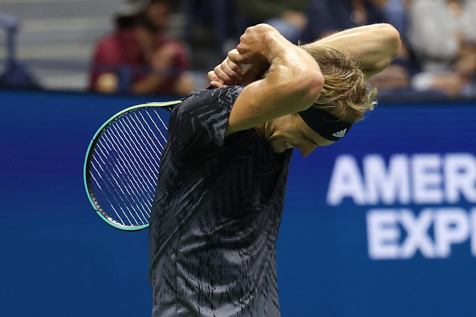 NEW YORK, NEW YORK - SEPTEMBER 04: Alexander Zverev of Germany reacts against Jack Sock of the United States during his Men's Singles third round match on Day Six of the 2021 US Open at the USTA Billie Jean King National Tennis Center on September 04, 2021 in the Flushing neighborhood of the Queens borough of New York City. (Photo by Al Bello/Getty Images)