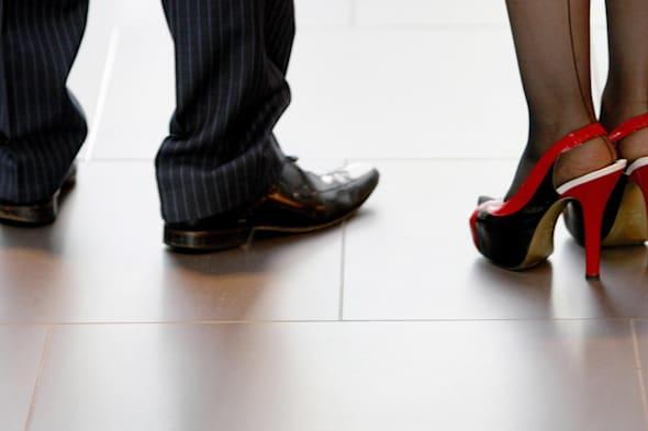 Narcissists boss their way to top