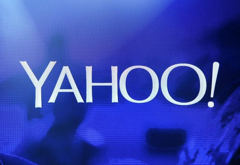 Yahoo will re-emerge as a separate company as part of the deal selling the former internet pioneer to a private equity firm