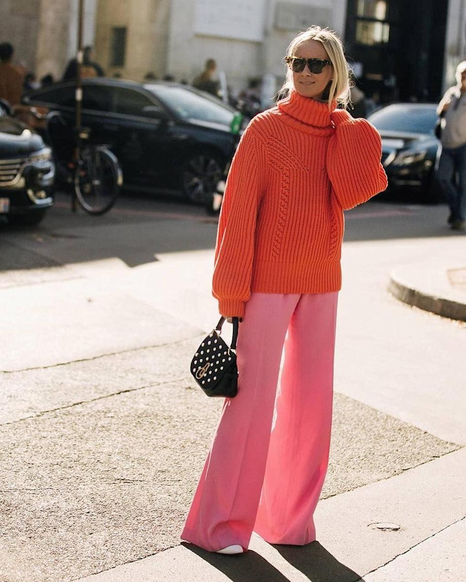 Here's an outfit that shows the easiest way to pull off bold color.
