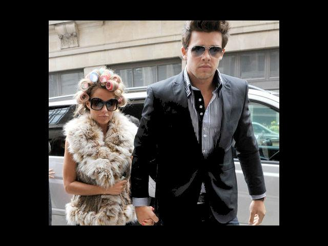 <b>4. Katie Price and Leandro Penna</b><br> The bombshell Katie Price broke-up with her Argentinian lover Leandro Penna. He went on to say in the media that Katie is 'crazy'. Ouch!