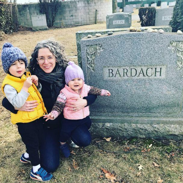 PHOTO: Marisa Bardach Ramel tombstone mother (Courtesy Marisa Bardach Ramel)