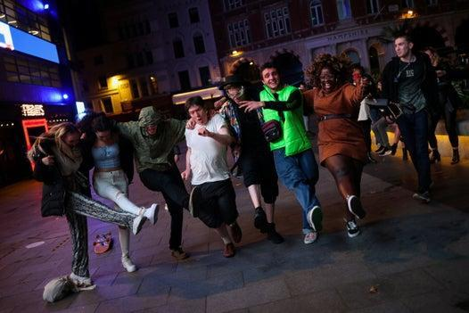 Revellers enjoy last night out before London is put into Tier 2 restrictions