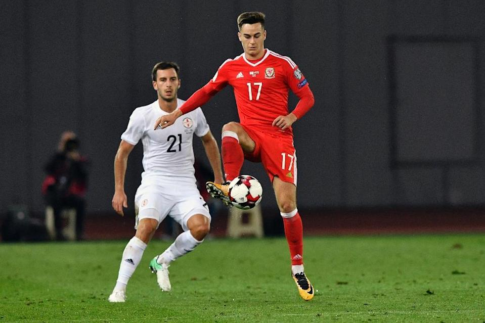 Wales' Tom Lawrence controls the ball next to Georgia's Otar Kakabadze during their FIFA World Cup 2018 qualification match in Tbilisi on October 6, 2017 (AFP Photo/Alexander NEMENOV)