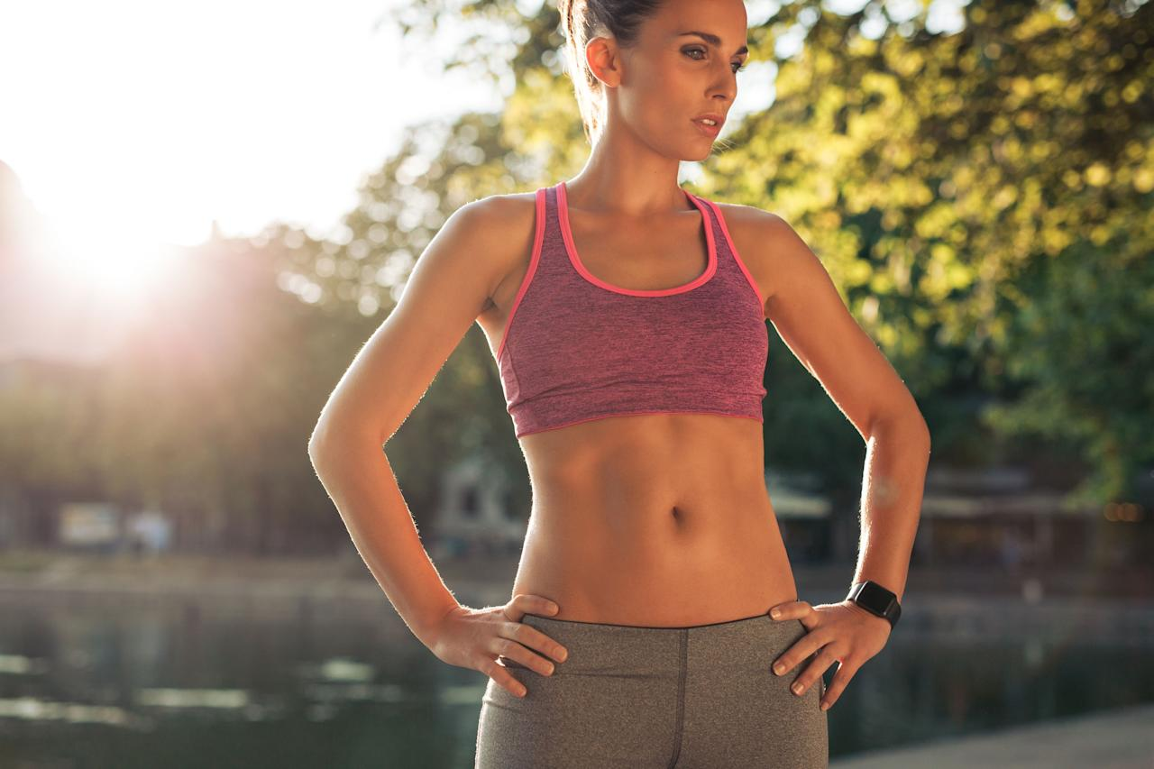 "<p>A few small changes really can slim your midsection, but not because foods can ""burn"" belly fat. ""I hate to bust the bubble on this one, but <a rel=""nofollow"" href=""https://www.goodhousekeeping.com/health/diet-nutrition/advice/g781/belly-fat-foods/"">flat belly foods</a> aren't <em>exactly </em>a thing - especially when it comes to the idea that you can 'spot train' certain areas of your body through the foods you eat,"" says <a rel=""nofollow"" href=""https://www.goodhousekeeping.com/author/11834/jaclyn-london-ms-rd-cdn/"">Jaclyn London, M.S., R.D., C.D.N</a>, Nutrition Director at the <a rel=""nofollow"" href=""https://www.goodhousekeeping.com/institute/about-the-institute/a19748212/good-housekeeping-institute-product-reviews/"">Good Housekeeping Institute</a>.</p><p>That said, some easy tweaks can reduce bloating and set you up for healthier habits both now and in the long term, without resorting to <a rel=""nofollow"" href=""https://www.goodhousekeeping.com/health/diet-nutrition/g4851/dangerous-diet-tricks/"">crazy (and dangerous) dieting</a> techniques. </p><p>""Consider adding sources of potassium, calcium, and magnesium to your diet, and cutting back on sneaky sources of sodium,"" London says. ""The easiest place to start: Make your daily snacks veggie- and fruit-based, like an apple with nut butter; crudites with hummus and tzatziki, berries with yogurt, or swap a sweet potato or leftover roasted squash for bread in a sandwich. This naturally ups the mineral content and provides extra fiber for fewer grams of sodium overall.""</p><p>For short-term debloating, she advises going easy on the cruciferous veggies (like <a rel=""nofollow"" href=""https://www.goodhousekeeping.com/health/diet-nutrition/a25587450/kale-nutrition/"">kale</a> and <a rel=""nofollow"" href=""https://www.goodhousekeeping.com/health/diet-nutrition/a19500502/broccoli-nutrition/"">broccoli</a>), legumes, and leafy greens. Even though they're extremely a nutritious choice most of the time, these fiber-rich foods can lead to some gas pain depending on how hydrated you are and how much fiber you usually eat. But <a rel=""nofollow"" href=""https://www.goodhousekeeping.com/weight-loss/"">if your goal is to lose weight</a> overall, <a rel=""nofollow"" href=""https://www.goodhousekeeping.com/health/diet-nutrition/g4825/1500-calorie-diet/"">eating more real, wholesome foods</a> and getting active is always a smart way to go. In the meantime, try these easy, science-backed changes for a flatter belly:</p>"