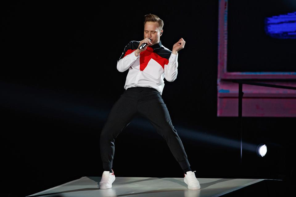 LONDON, ENGLAND - MAY 17: Olly Murs performs on stage at The O2 Arena on May 17, 2019 in London, England. (Photo by Burak Cingi/Redferns)