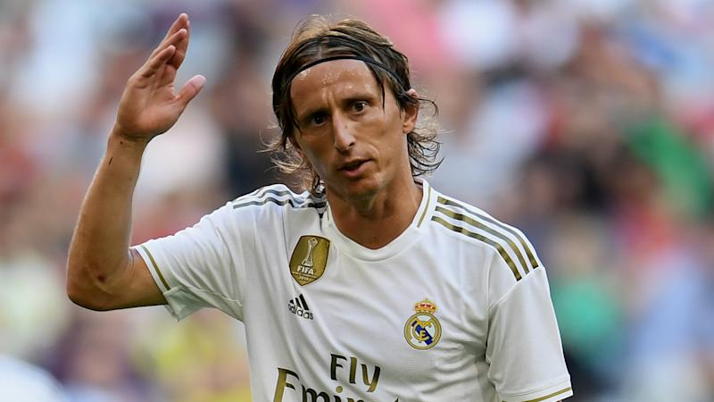 Modric adds to Real Madrid's injury woes with thigh problem