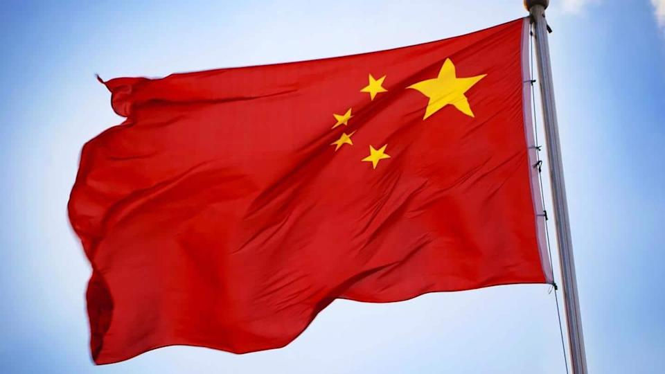 China to expand COVID-19 inoculations; meat sellers also high priority
