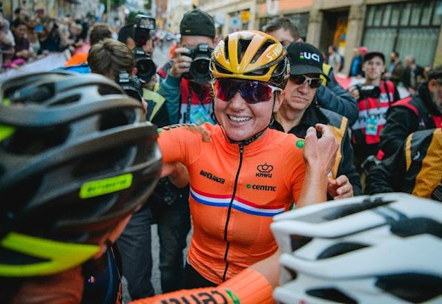 Netherlands' Chantal Blaak celebrates after winning the UCI Cycling Road World Championships in Bergen, on September 23, 2017 (AFP Photo/Jonathan NACKSTRAND)