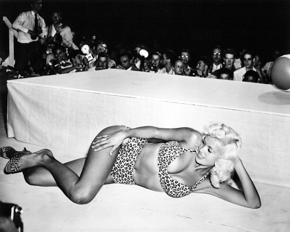 <p>Mansfield also found that her celebrity drew crowds to nightclubs, so the actress began appearing onstage at shows across the country. </p>
