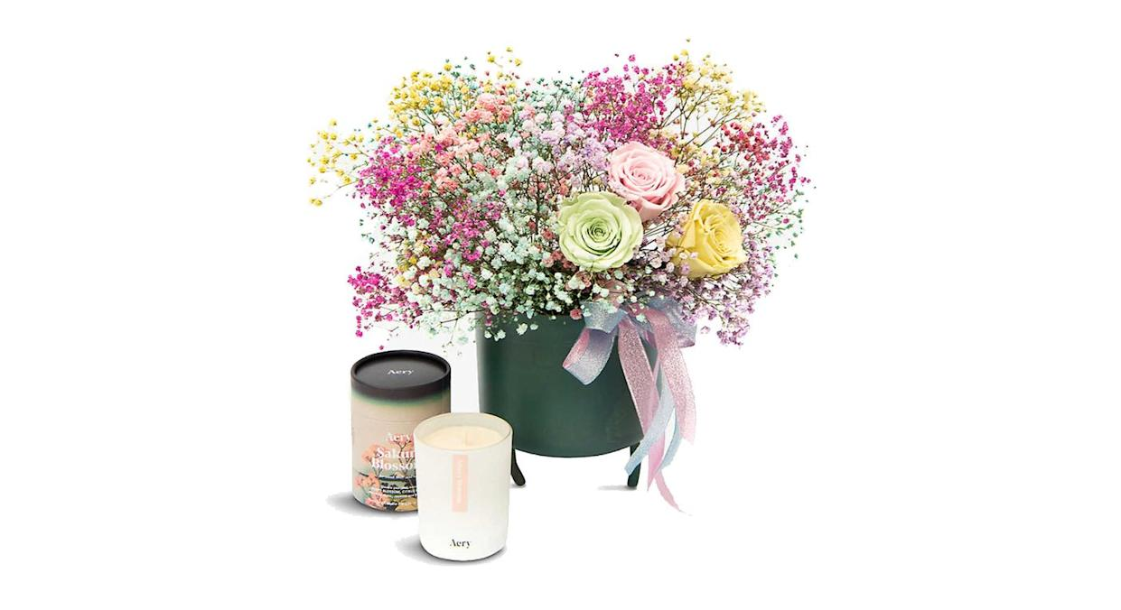 Clouds and Roses fresh and dried bouquet gift set